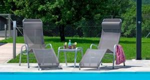 Chaises longues et lits de bains on chaise sofa sleeper, chaise recliner chair, chaise furniture,